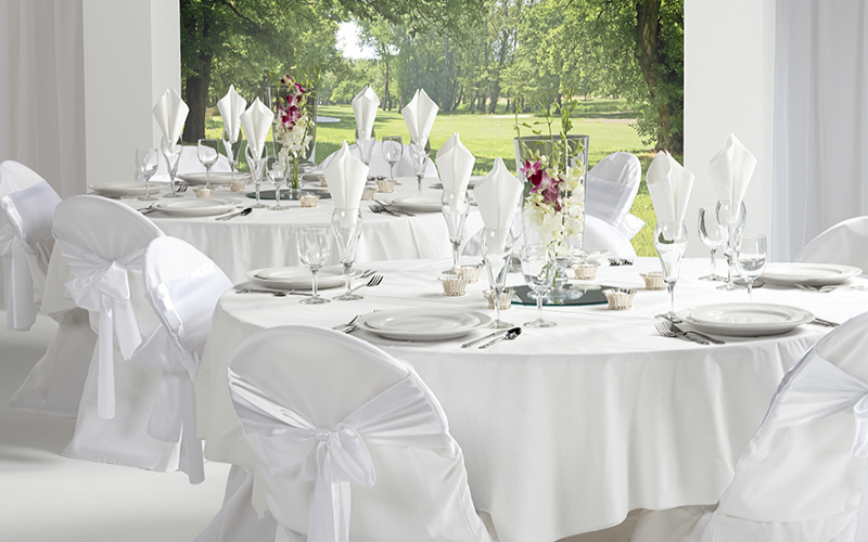 Linen vs. Disposable: Why Make the Switch to Linen-Like® Napkins and Tablecovers or Bello lino® Napkins